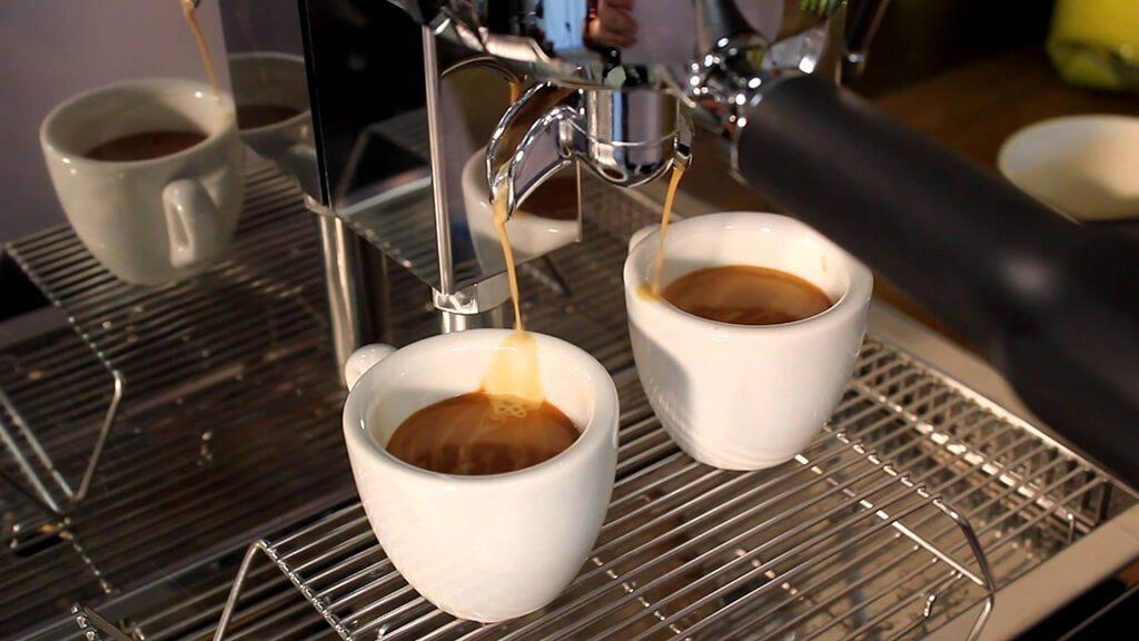 Quy trình lưu mẫu cà phê, thử mẫu chuyên nghiệp tai Amino Coffee