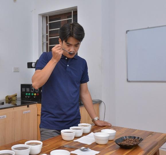 Ý nghĩa của cupping là để đánh giá chất lượng của hạt cà phê nguyên liệu (cà phê nhân xanh)
