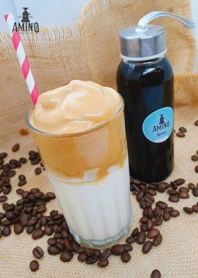 Hướng dẫn công thức làm Dalgona Coffee (Cà phê bọt biển) tại nhà